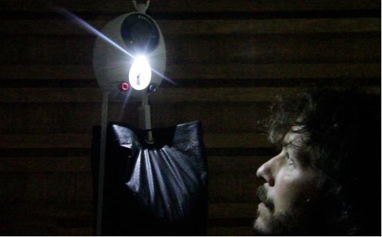 名為GravityLight的LED燈